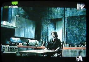 In anteprima le immagini del video di Survive 42