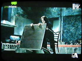 In anteprima le immagini del video di Survive 43