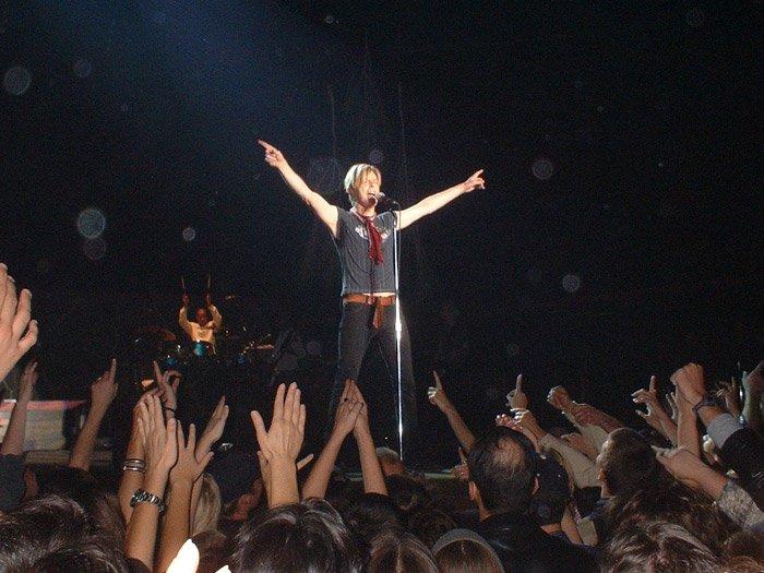 Reality Tour, Milano 23 Ottobre 2003 54