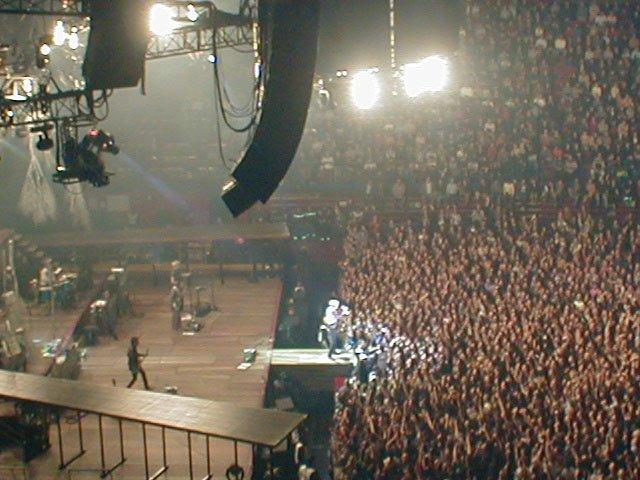 Reality Tour, Milano 23 Ottobre 2003 49