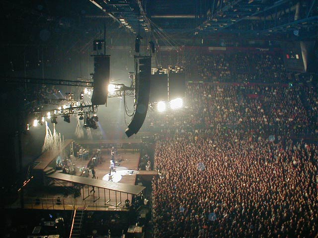 Reality Tour, Milano 23 Ottobre 2003 48