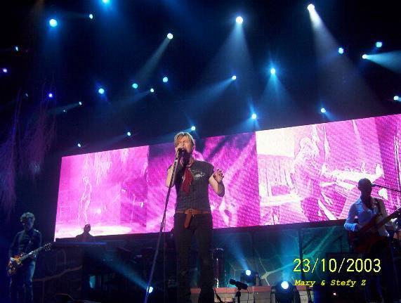 Reality Tour, Milano 23 Ottobre 2003 41