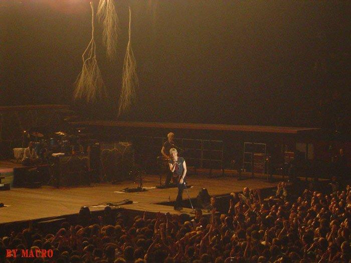 Reality Tour, Milano 23 Ottobre 2003 30