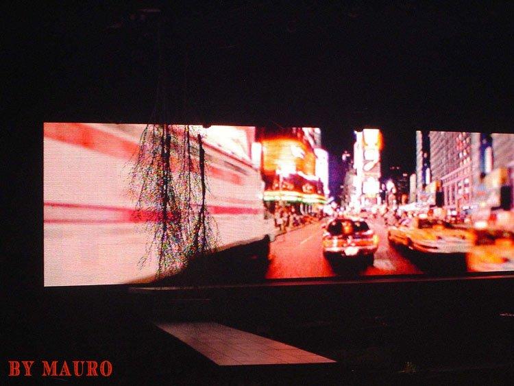 Reality Tour, Milano 23 Ottobre 2003 28