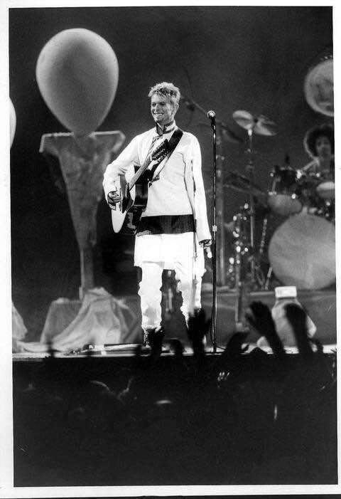 David Bowie Earthling Tour Napoli 10 Luglio 1997 bagnoli foto 1