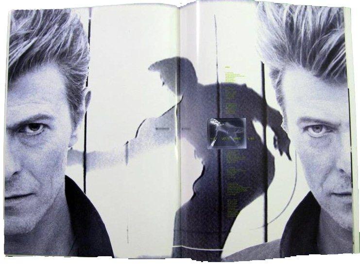 david-bowie-1990-sound-vision-tour-programme-1990