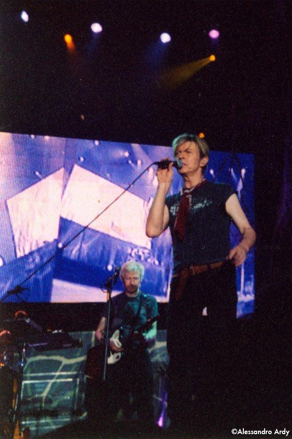 Reality Tour, Milano 23 Ottobre 2003 64